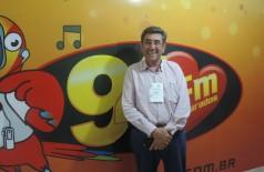 Nelson Cintra, diretor-presidente da Fundação de Turismo do Estado, visitou a 94 FM nesta sexta-feira (André Bento)