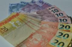 Cerca de 84,4 milhões de trabalhadores irão receber o décimo terceiro salário em 2015 (Marcello Casal/Agencia Brasil)