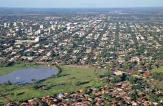 Maior parte da população economicamente ativa do município planeja ir às compras no final do ano (Foto: A. Frota)